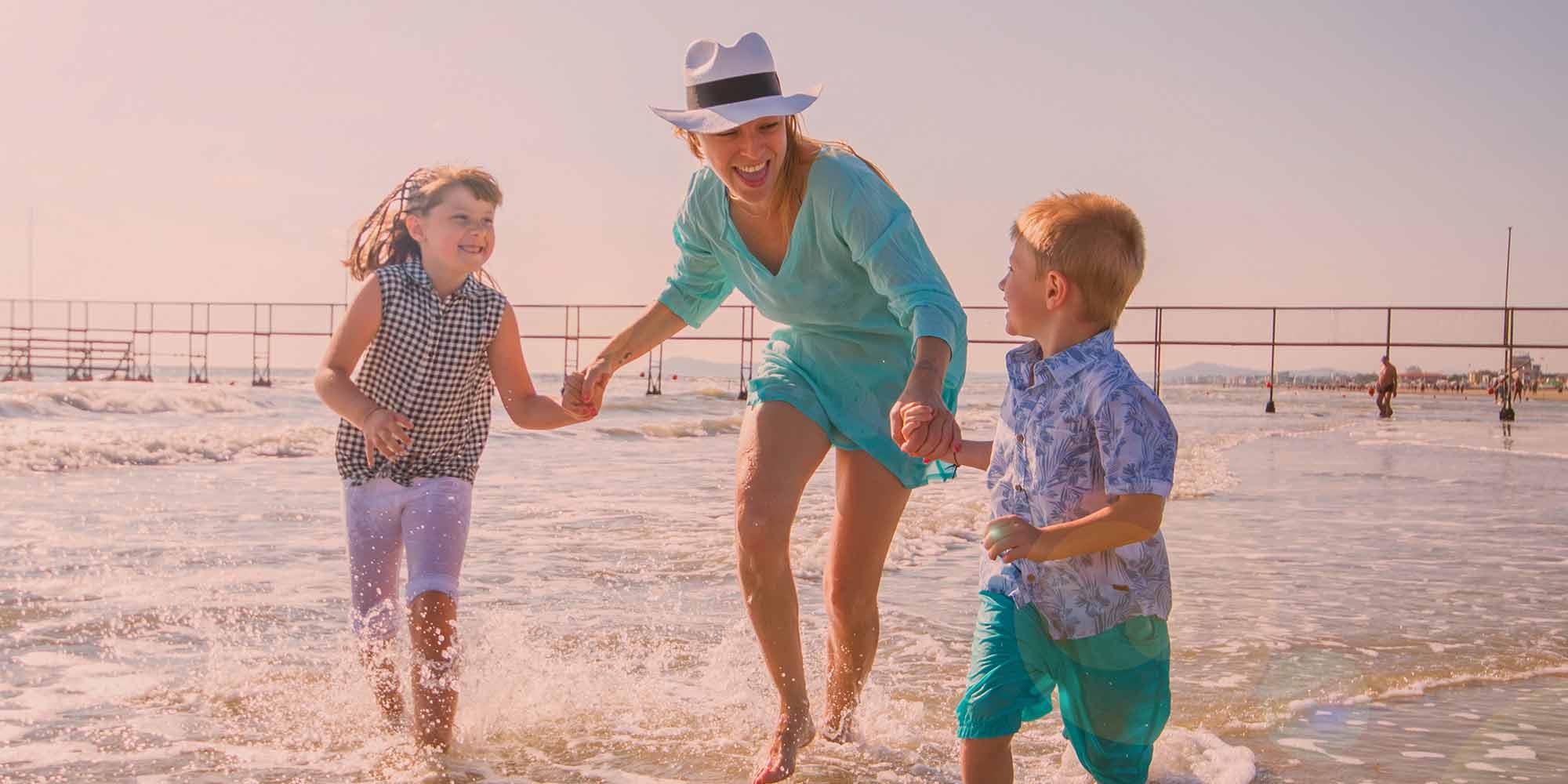 <b>la tua</b> estate <br>è in <b>famiglia</b>